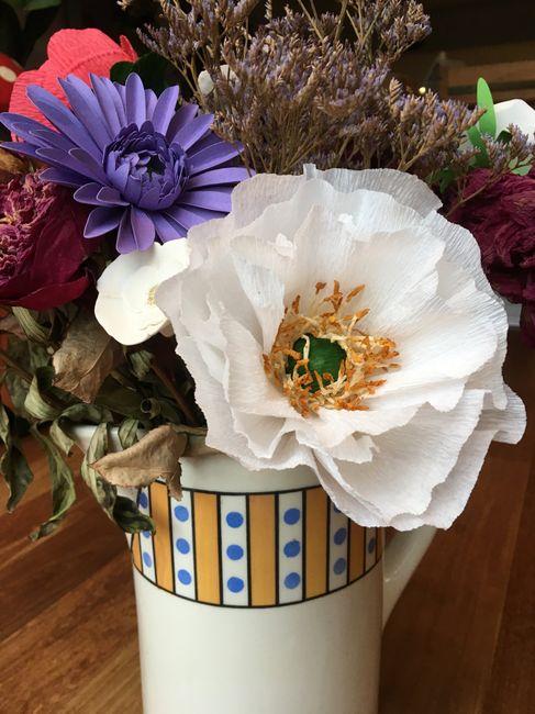 Fleurs en papier centre de table - 2