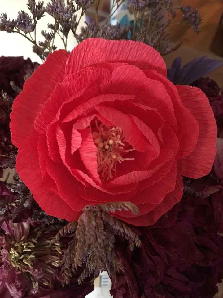 Fleurs en papier centre de table - 3