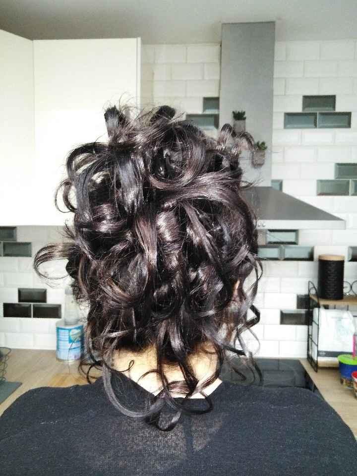 Première retouche et coiffure - 4