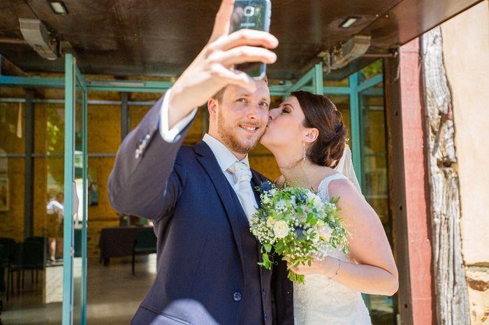 Selfie de mariés