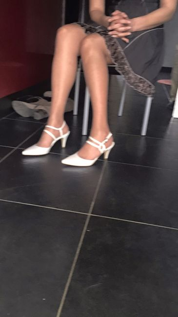 Enfin mes chaussures - 1
