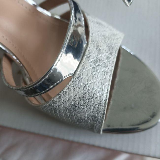 Chaussures argentées 3