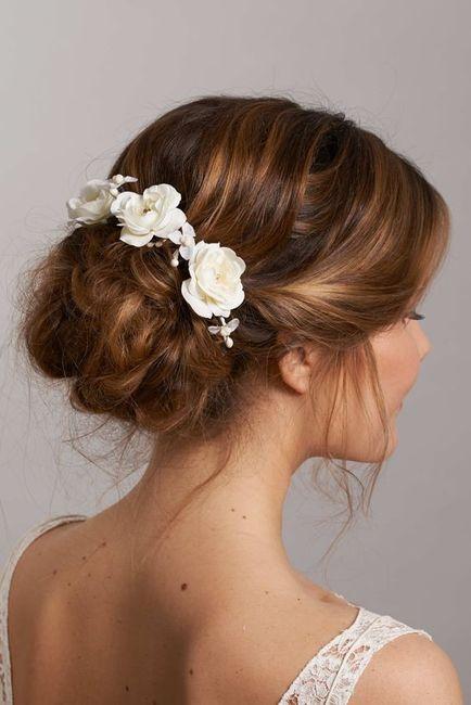 Inspiration : les coiffures des mariées 24