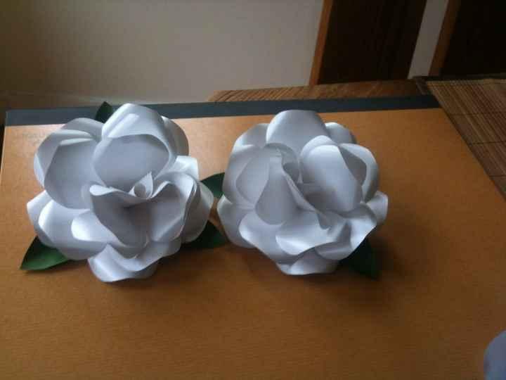 roses en papier fait main