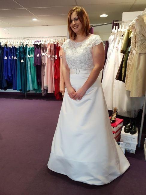 Premier essayage robe de mariée 3