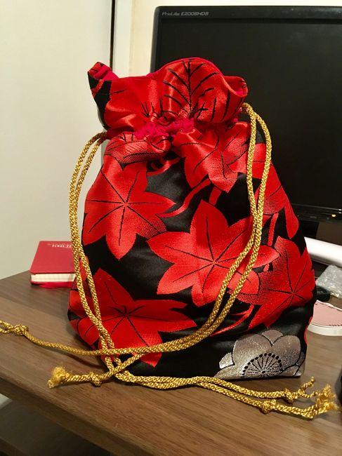Petit sac fait main assorti à ma robe - 1