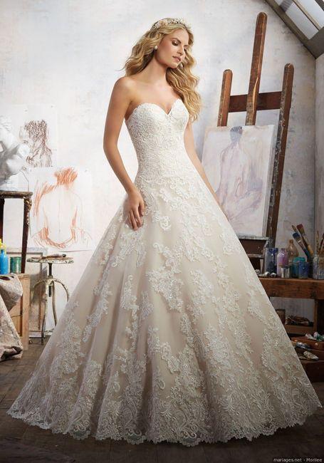 2 mariages, 2 robes. Laquelle préfères-tu ? 1