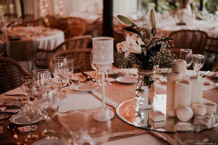 2 mariages, 2 centre de table. Laquel préfères-tu ? 2
