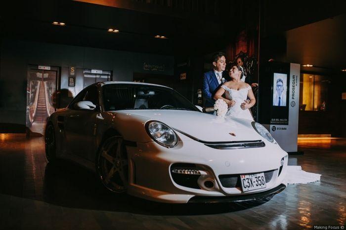 2 mariages, 2 voitures. Laquelle préfères-tu ? 1