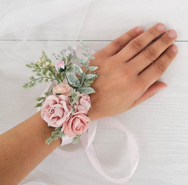 Bracelet bouquet contre bouquet traditionnel (suite) - 1