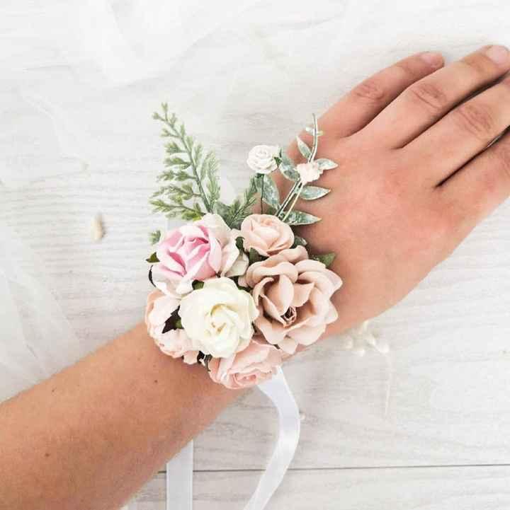 Bracelet bouquet contre bouquet traditionnel (suite) - 2