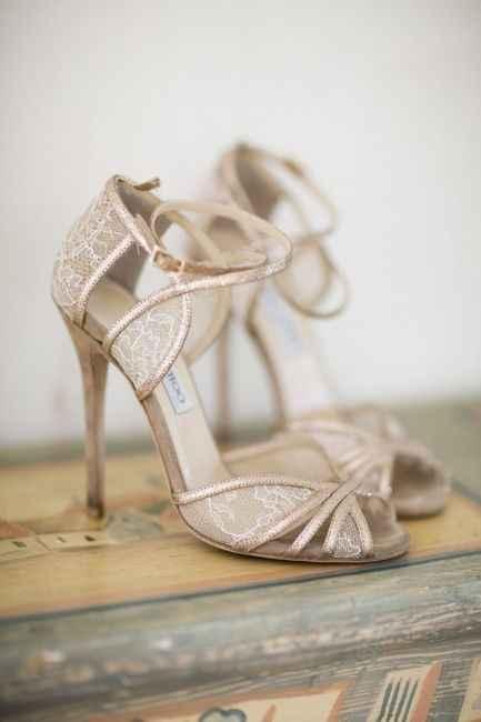 Chaussure ouverte cuivrée