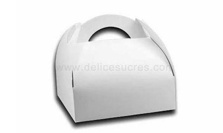 Idées pour customiser des boîtes à gâteaux 1