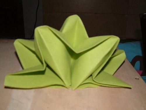 Besoin d 39 aide pour les serviettes page 2 d coration forum - Pliage serviette en etoile ...