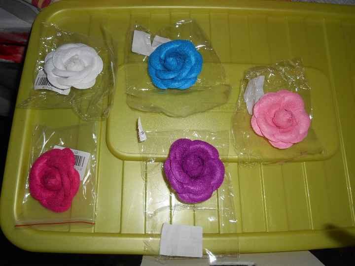 broches fleur pour les invités