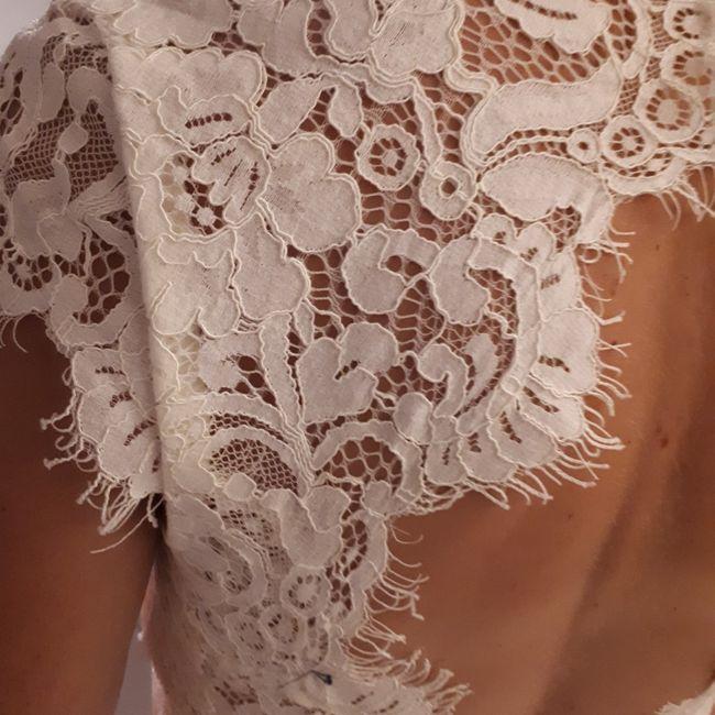 Tu en penses quoi du dos de cette robe de mariée ? 3