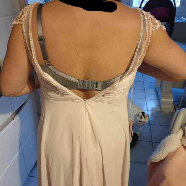 Besoin d'aide, connaisseuse couture, help! - 1