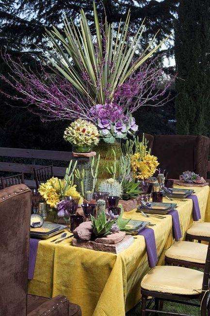Mariage Bicolore Jaune Et Violet Decoration Forum Mariages Net