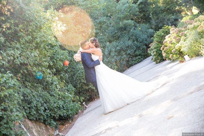 2 Le baiser champêtre de Benjamin et Marion