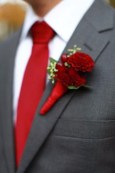 2 costume marié rouge