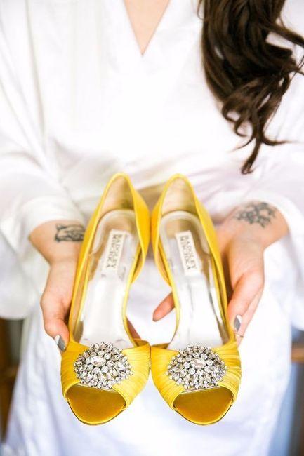 12 chaussures mariage Jaune