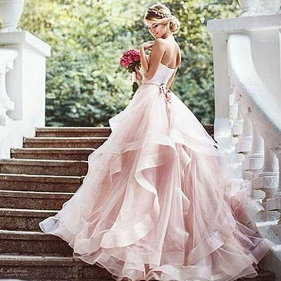 cap ou pas cap de porter une robe de mari e rose page 2 mode nuptiale forum. Black Bedroom Furniture Sets. Home Design Ideas
