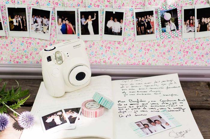 recherche un polaroid pour mon livre d 39 or location ou achat organisation du mariage forum. Black Bedroom Furniture Sets. Home Design Ideas