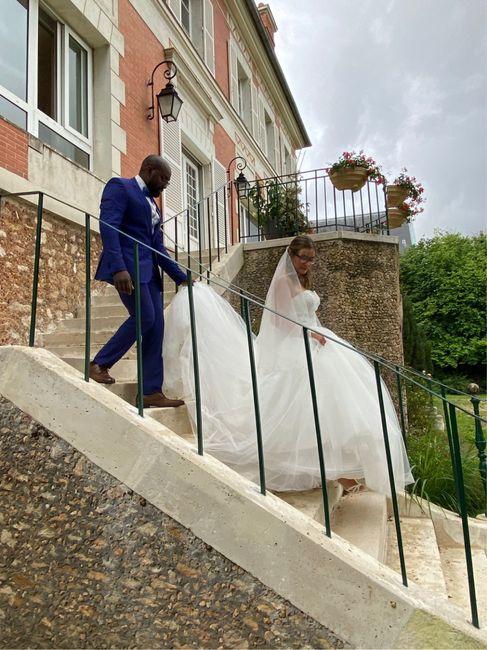 Trop heureuse d'être enfin mariée ! 1