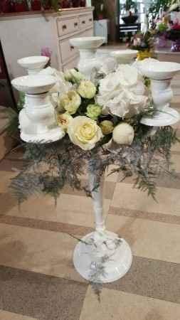 chandeliers fleuris - table invités