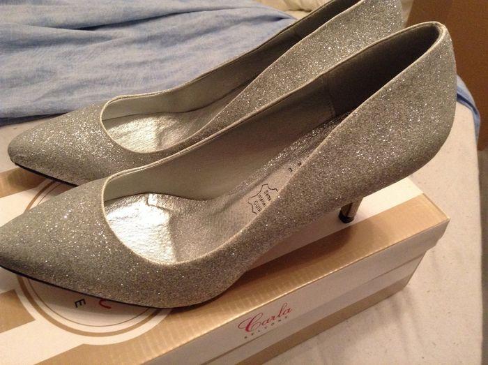 Mes chaussures...à paillettes bien sur !