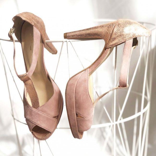 Chaussures Blanches ou Vieux rose, mon coeur balance 6