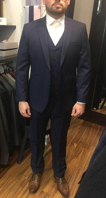 Un costume pour le chéri en soldes ! 4