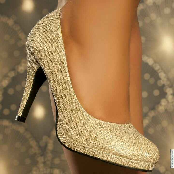 Chaussures pour le grand jour ! 😍 - 1