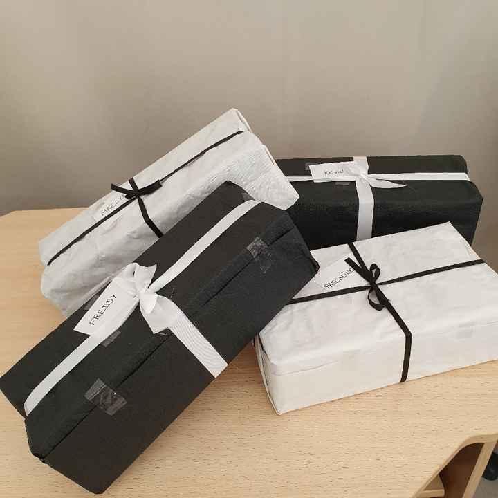 Cadeaux aux témoins - 1