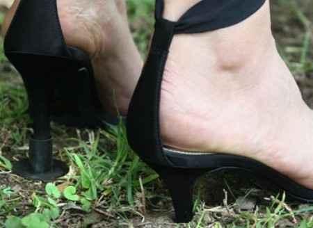 """Les """"Heels Above"""" pour marcher sans problème avec des talons !"""