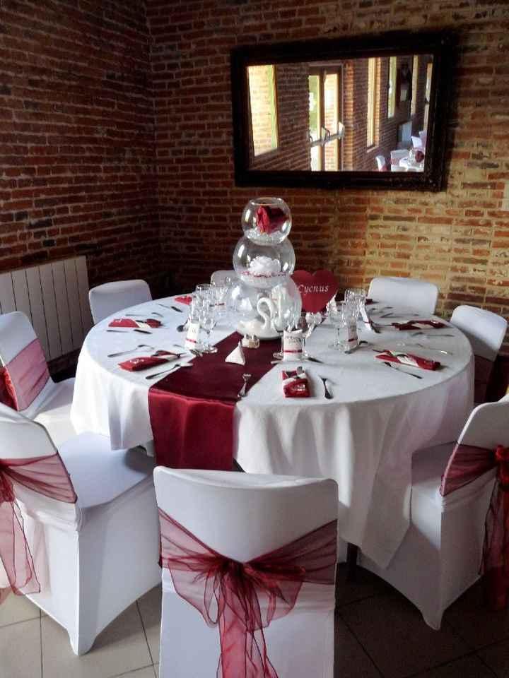 Des photos de vos Tables Rouge, blanche et noire - 1