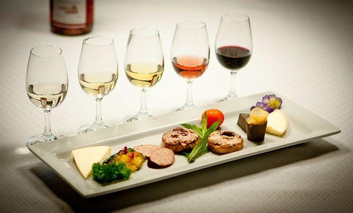 Dégustation de vins avec fromages ou bouchés!