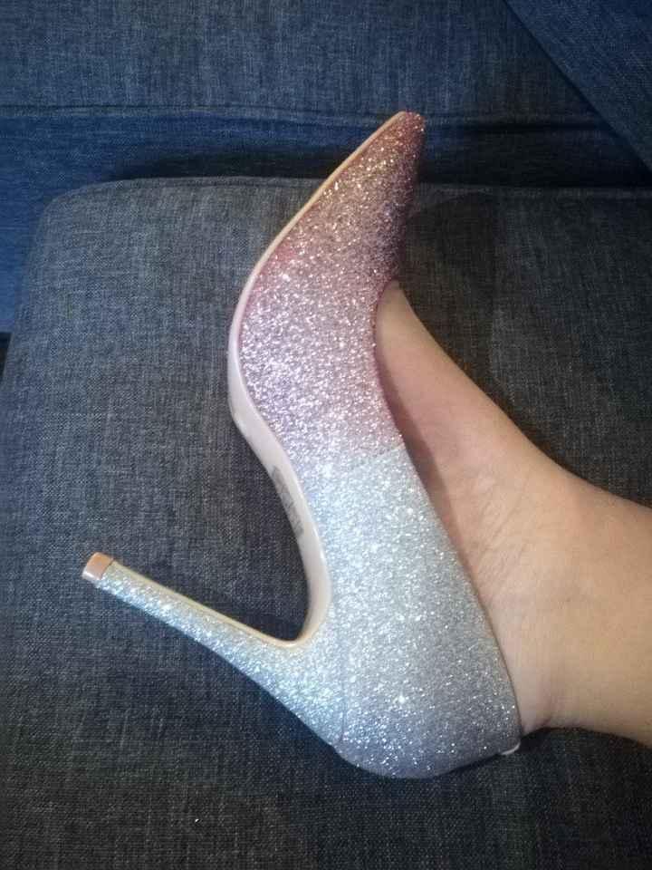 Premières paires de chaussures - 1