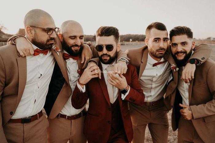 Le costume du marié : Blanc, nude ou coloré ? 4