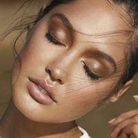 Maquillage nude prononcé vs simple - 1