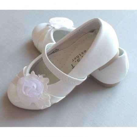 leurs petites chaussures