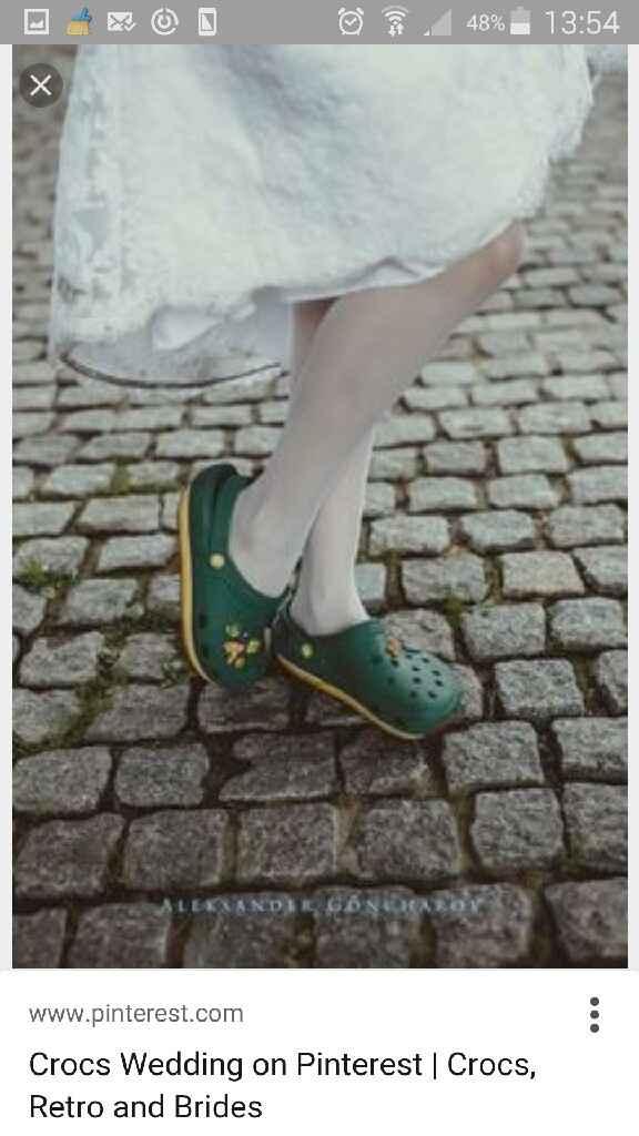 Des wedding crocs?  ? - 2