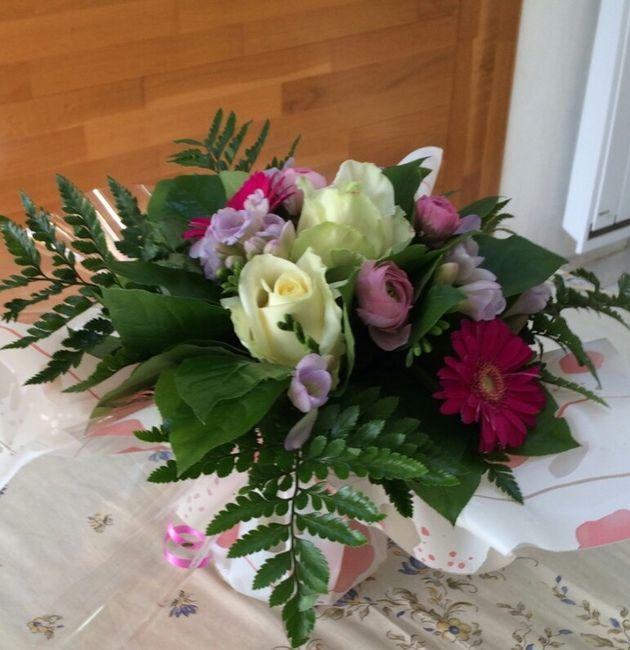 achat de fleurs via le net organisation du mariage forum. Black Bedroom Furniture Sets. Home Design Ideas