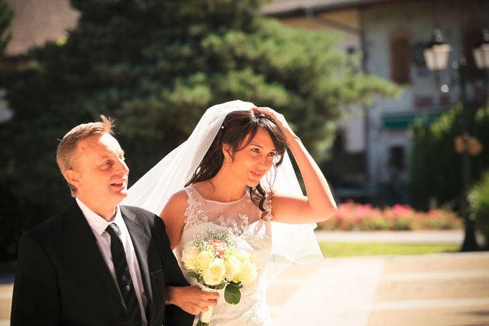 Ma robe de mariée - Ca y'est le Jour J , je rentre à la mairie dire OUI