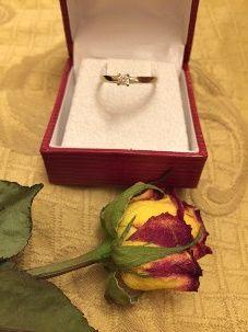 Bague de fiançailles : Avec ou Sans diamant ? 8