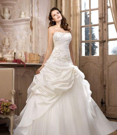 ou peut on trouver sa robe de mari e pas trop cher en vend e. Black Bedroom Furniture Sets. Home Design Ideas