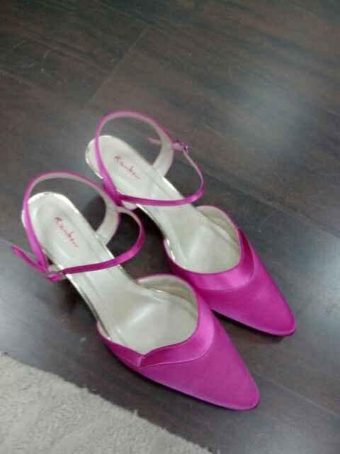 A vos chaussures !! Montrez-moi, vos jolis souliers - 1