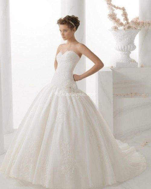 Discussion robes de mariée du 15 avril