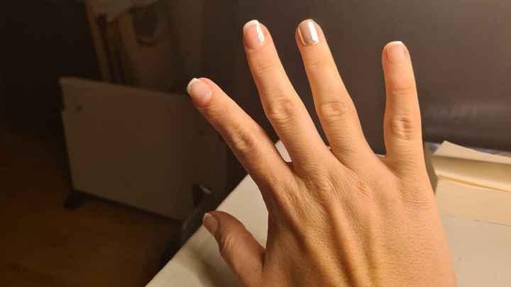 Manicure - 2