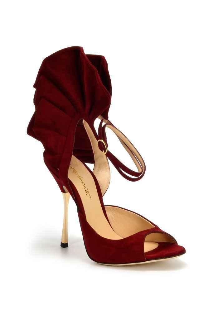 Trouver chaussure à son pied! Votez 😃 - 35